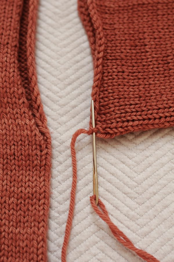 How to sew the sleeve to the body
